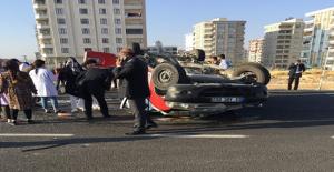 Karaköprü'de Trafik Kazası, 4 Yaralı