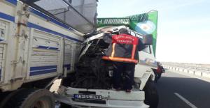 Urfa'da Sıkışmalı Trafik Kazası, 1 Yaralı