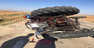 Suruç'ta Otomobil İle Traktör Çarpıştı, 4 Yaralı