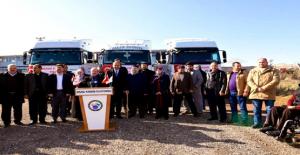 Urfa'da Suriye'ye 3 Tır Yardım Malzemesi