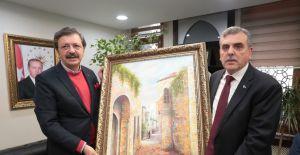 TOBB Başkanı Hisarcıklıoğlu, Büyükşehir Belediyesini Ziyaret Etti