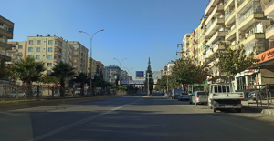 Urfa'da caddeler boş kaldı