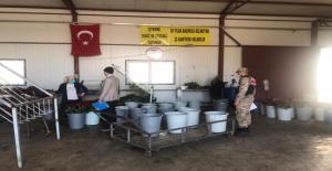 Jandarma, İki Günde 16 Fabrikada Koronavirüs Denetimi Yaptı