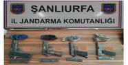 Urfa'da Jandarma, tarla sahibini gözaltına...