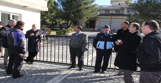 Fakıbaba belediye  konutunu boşalttı