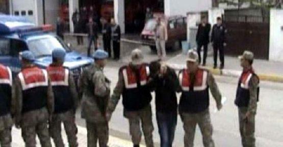 Urfa'da 6'sı Asker 12 Kişi Kaçakçılıktan Tutuklandı