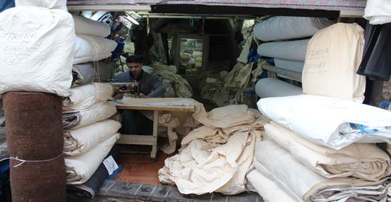 Urfa'da mevsimlik işçi çadırına başlandı