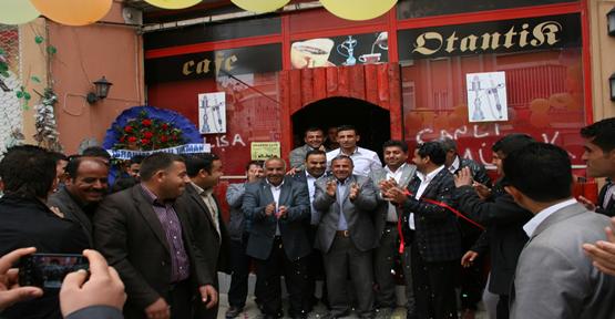 Urfa'da Otantik cafe açıldı