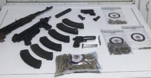Urfa'da çok sayıda silah ve uyuşturucu ele geçirildi