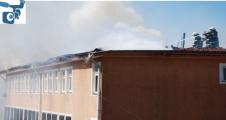 Okulda  Yangın Çıktı Öğrenciler Tahliye Edildi