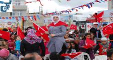 Suriyeli Çocukların Bayrak Yarışı