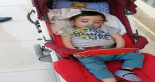 Şanlıurfa'da araba içinde terk edilmiş çocuk bulundu