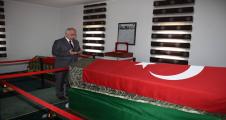 Vali Tuna,  Süleyman Şah Türbesini Ziyaret Etti