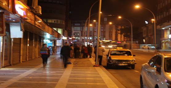 Vatandaşların otobüs çilesi isyan ettirdi
