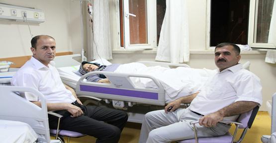 Yavuz  Trafik Kazası Geçiren Şehit Annesini Hastanede Ziyaret