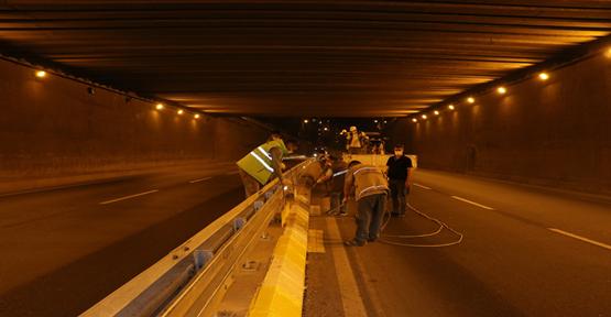 Cadde ve sokaklardaki bordürler püskürtme sistemiyle boyandı