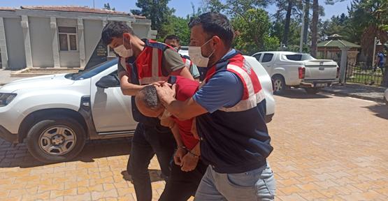 Urfa'da hakkında 70 yıl hapis cezası bulunan  öğretmen yakalandı