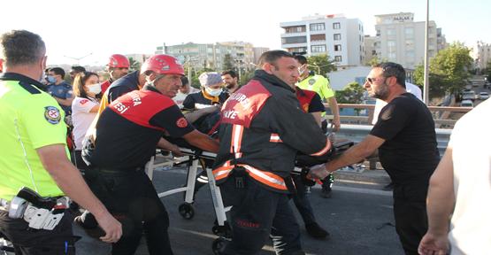 Şanlıurfa'da iki otomobil çarpıştı, 2 ölü