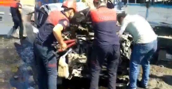 """Urfa""""da otomobil ile pikap çarpıştı, 2 yaralı"""