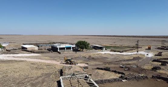 Viranşehir Belediyesinden Kırsal Mahallelerde Stabilize Yol Çalışması