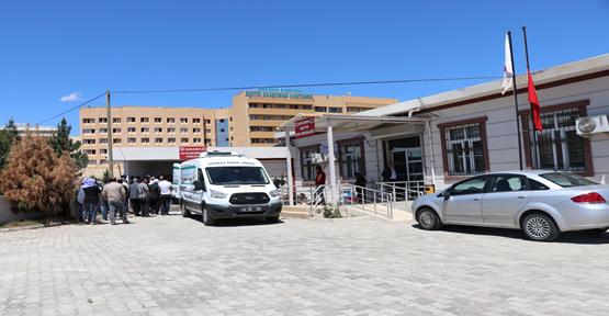 Şanlıurfa'da üçüncü katın balkonundan yere düşen adam öldü