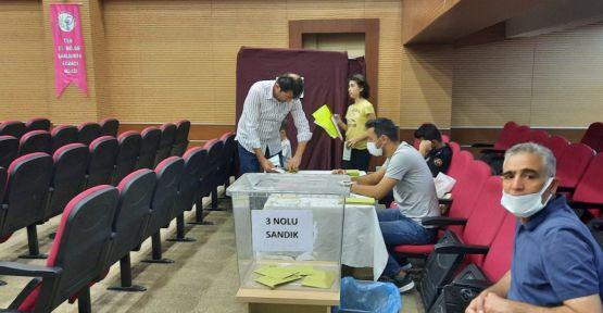 Urfa Eczacı Odası'nda seçim heyecanı