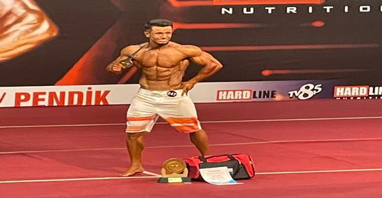 Çevik, vücut geliştirme dalında Türkiye şampiyonu oldu
