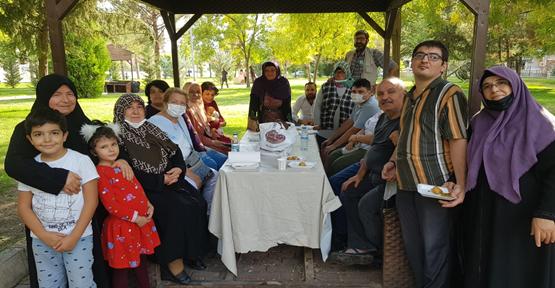 Şanlıurfa'da Engelliler piknikte gönüllerince eğlendi