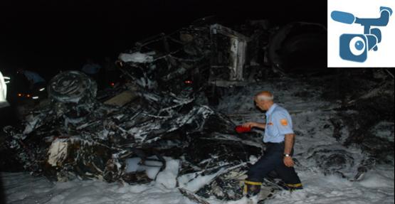 Akaryakıt Yüklü Tır  yandı: 2 ölü, 4 yaralı