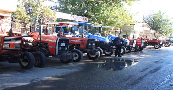 Mazot, ilaç fiyatları traktörleri satılığa çıkartırdı
