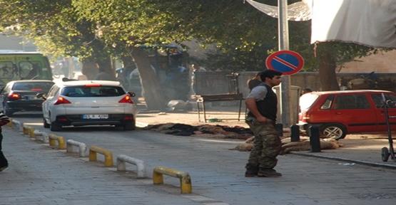 Şanlıurfa sokaklarında kurban atıkları