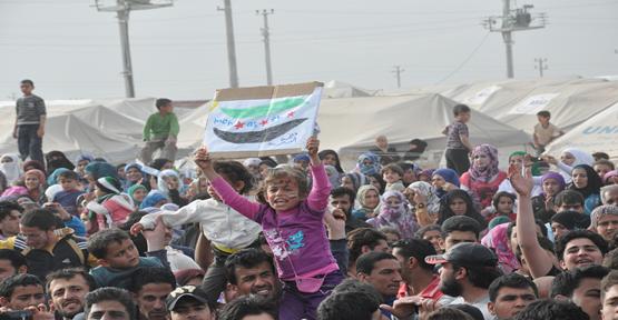 Suriyelilerin Ülkelerinden Uzakta Bayram Hazırlıkları