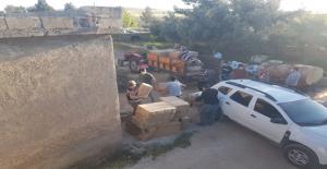 Şanlıurfa'da traktör ile makaron taşıdılar