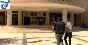 Şanlıurfa'da iki araç kundaklamada, 1 gözaltı