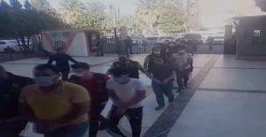 Urfa'da sokak satıcılarına operasyon