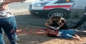 Urfa'da otomobil motosiklete çarptı, 2 yaralı