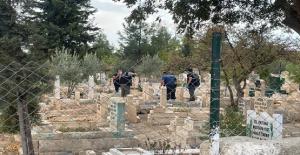 Urfada mezarlıkta bebek cesedi...