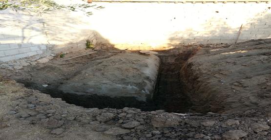 Toprağa gömülü tanklarda  kaçak akaryakıt ele geçirildi.